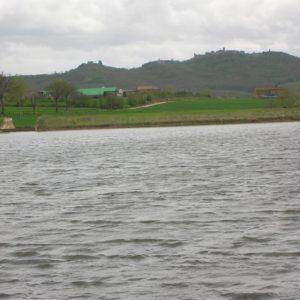 Lago Aziendale E Centro Zootecnico
